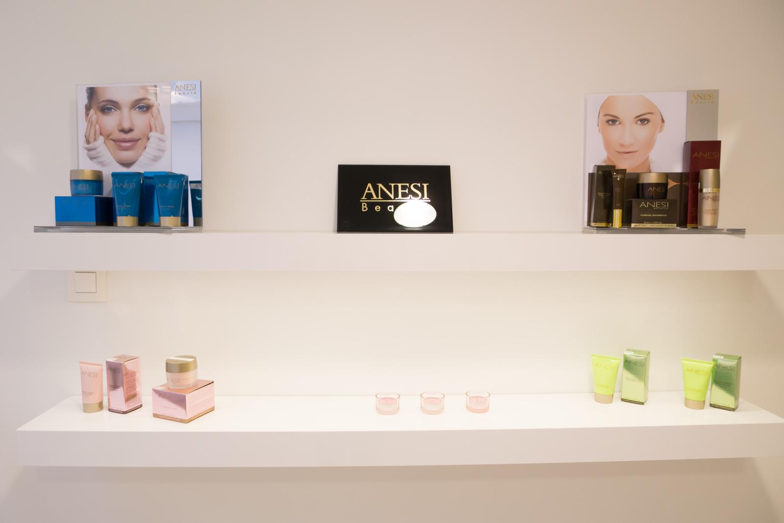 Photo de notre gammes de cosmétique Anesi